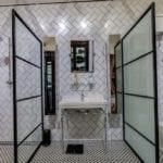 5 -House Tomlin-Main Bathroom - Steel (2)